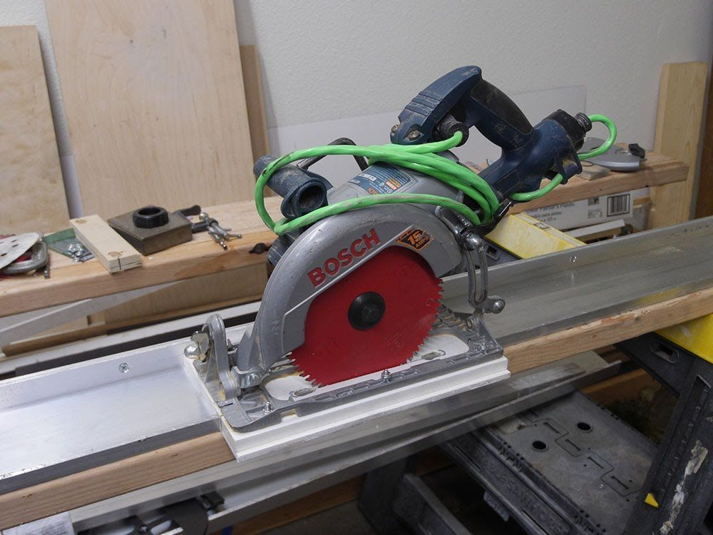 how to use saw guide rail